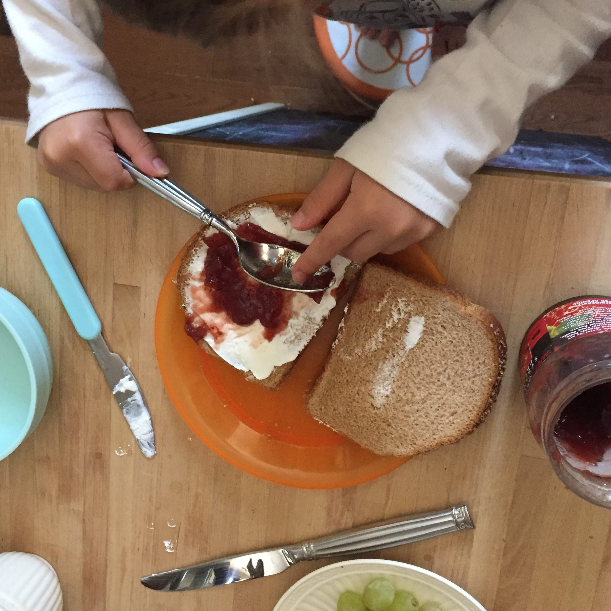 Kids Can Make Sandwiches